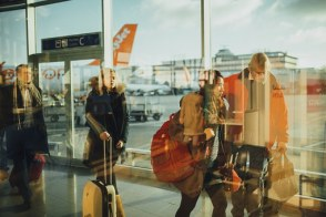 airport-731196__340